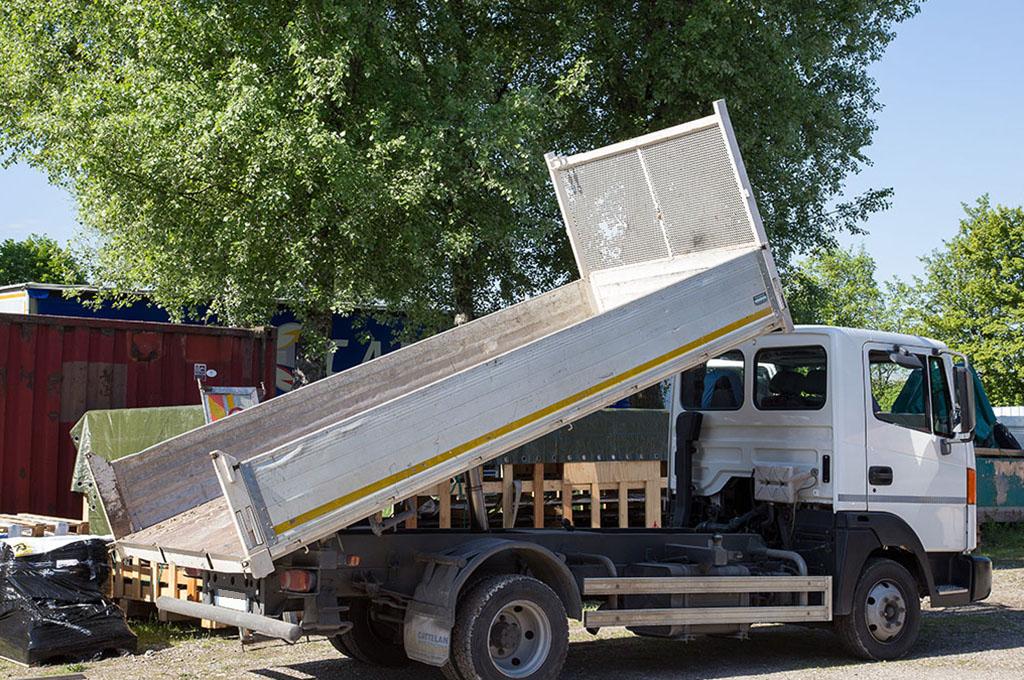 camion cassone ribaltabile
